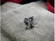 Серьга Сидящий Кот цвет под серебро